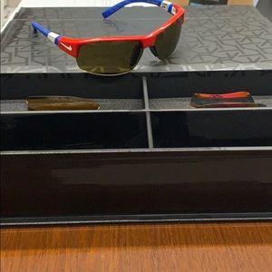 Nike show X2 Sunglasses with four extra lenses